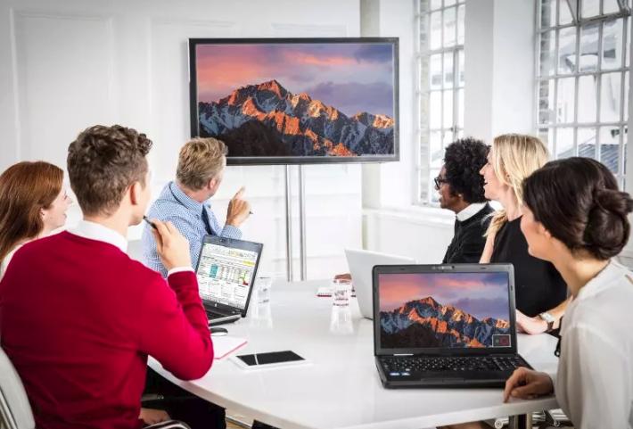 ClickShare desktop app in meeting