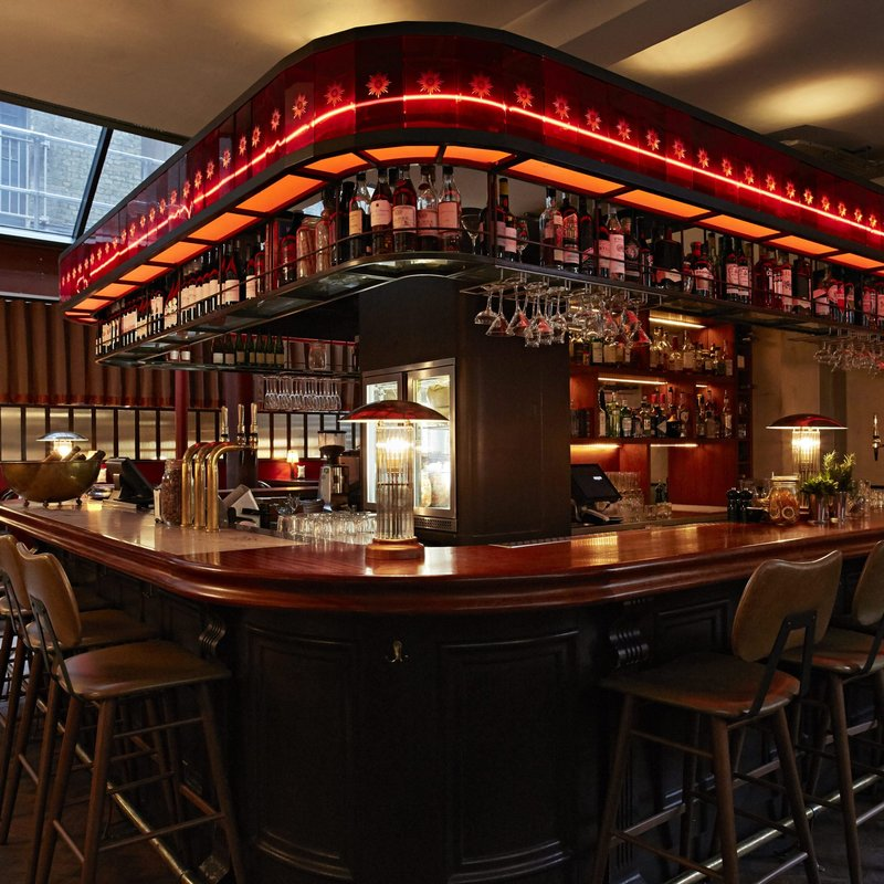 Merchants Tavern bar 3.jpg