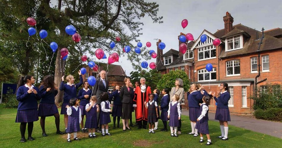 Northwood College Pic with balloons