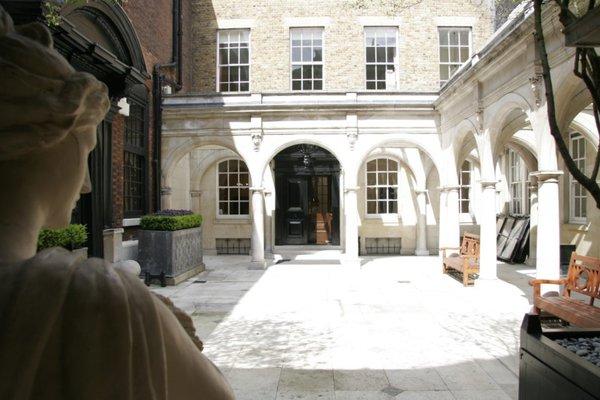 SH courtyard.jpg