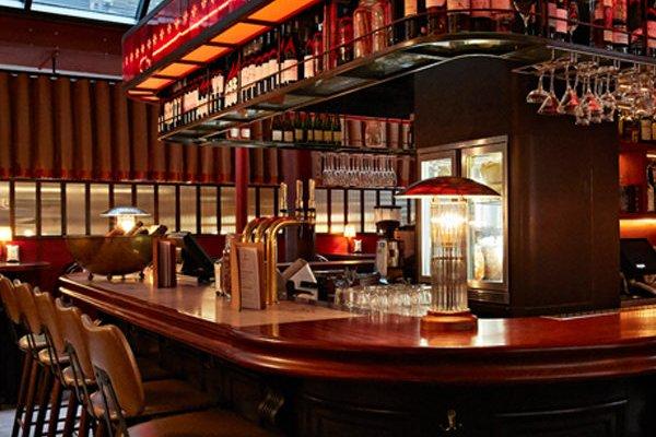 merchants tavern bar 3