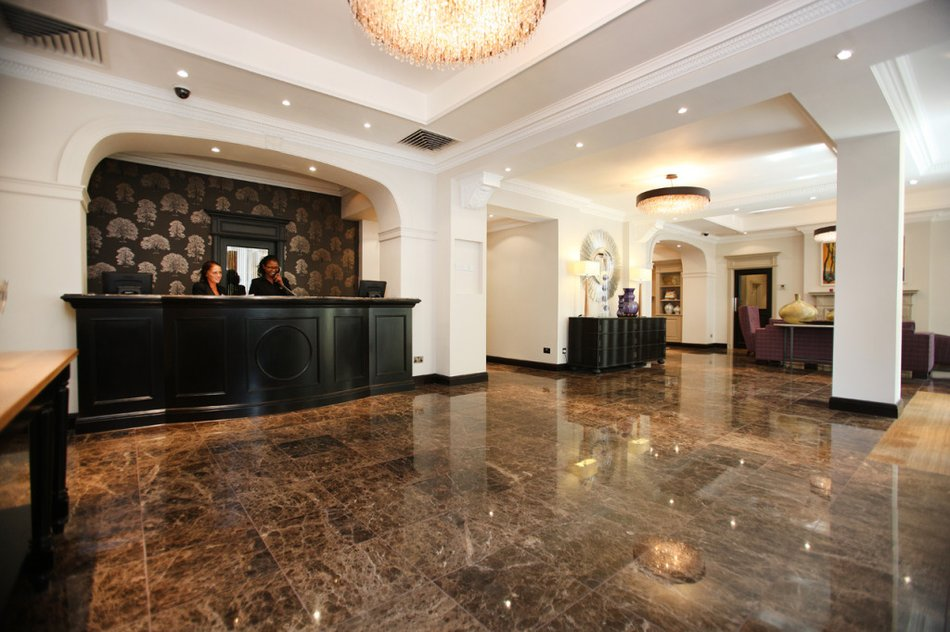 Rydges Hotel - reception_lobby.jpg